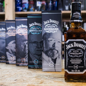 Americka whiskey Jack Daniel's Master Distiller Set No.1-5 3