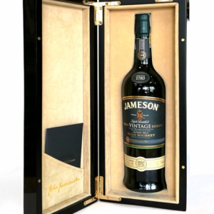 Irska whiskey Jameson Rarest Vintage Reserve 46% GB L.E. 2007